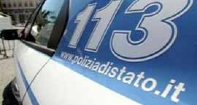 Guidonia/Cocaina nascosta nelle macchine, pistole detenute illegalmente e 150 mila euro in contanti: la Squadra Mobile di Roma arresta trafficante di droga