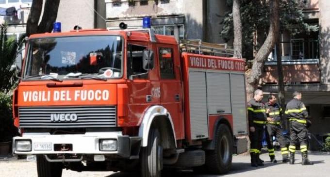 Mentana/Incendio in un appartamento di via Giolitti: muore una donna