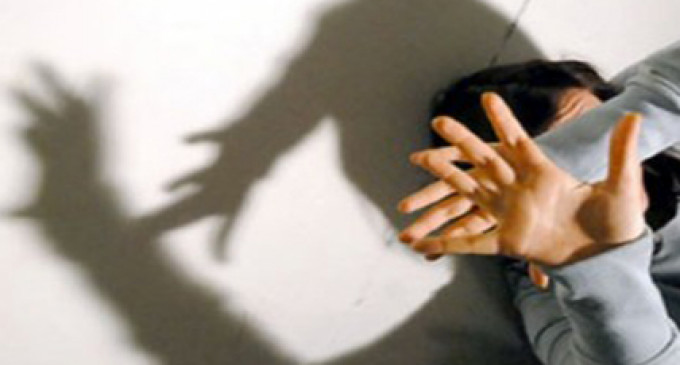 Tivoli/Violenza fisica e psicologica alla compagna: la Polizia arresta 31enne