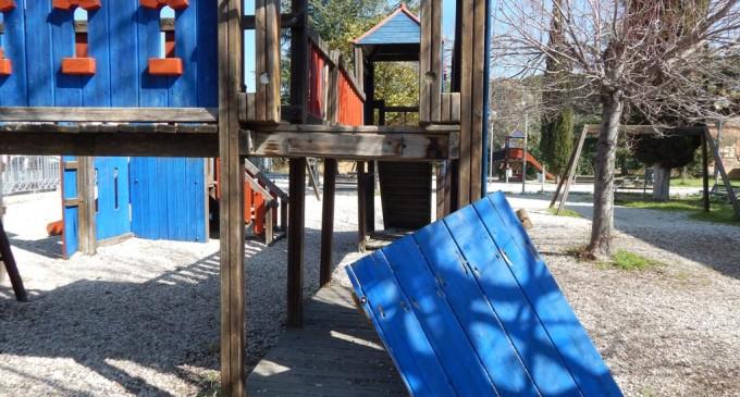 Tivoli/280 firme per salvare il Parco Andersen di Villa Adriana dal degrado. Alessandro Petrini presenta interrogazione all'assessore Maria Ioannilli