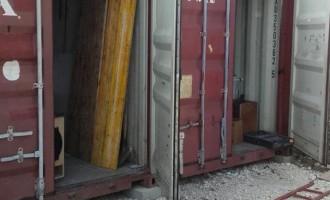 Guidonia/Nuova irruzione notturna nel capannone del Comitato per il Carnevale: un mese fa il furto di attrezzi e casse audio, stavolta a sparire è la carne per il pranzo di beneficenza del 1 Maggio a Gerano