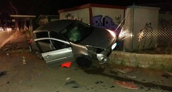 Villalba/Donna perde il controllo della sua auto e si schianta: illesa